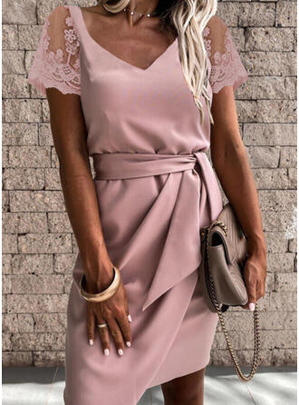 Solid Lace Short Sleeves Sheath Above Knee Party/Elegant Dresses